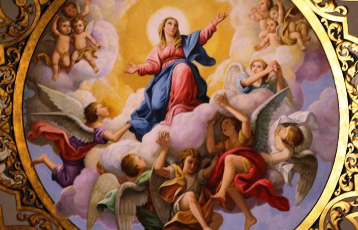 Fresco_of_the_Assumption_of_Mary_-_Basílica_de_La_Macarena_-_Seville